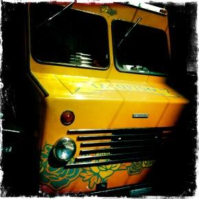Food Truckin' Tacofino
