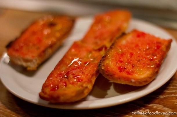 """paco merlago pan tomate"