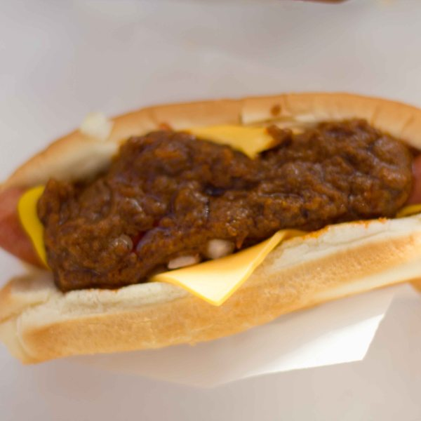 """pinks chili cheese dog"""