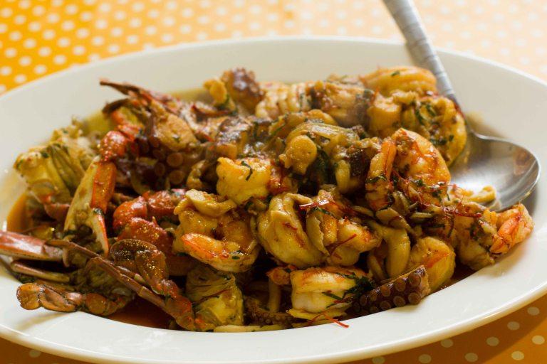 """""""Alejandro Ruiz Oaxaca Cocina seafood botana"""""""