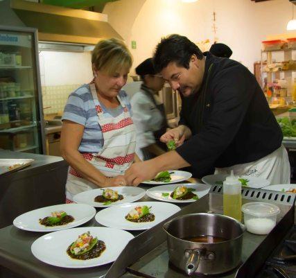 """Alejandro Ruiz plating ceviche"""