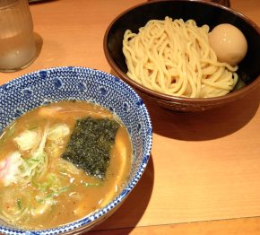 Ramen in the basement of the Tokyo TrainStation