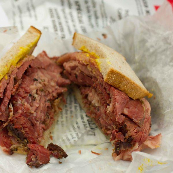 """""""Montreal Schwartz's smoked meat"""""""