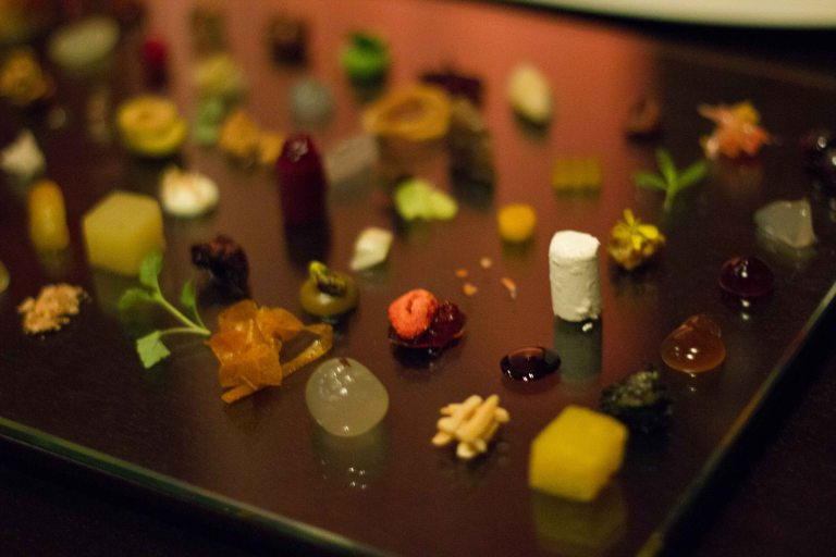 """Alinea Achatz Chicago 40 choices"""
