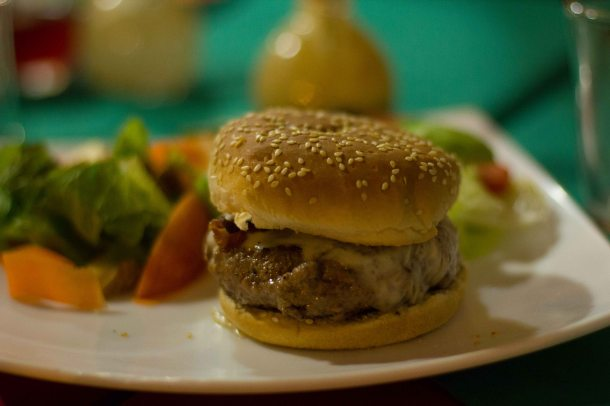 """""""Oaxaca El Quinque hamburger"""""""