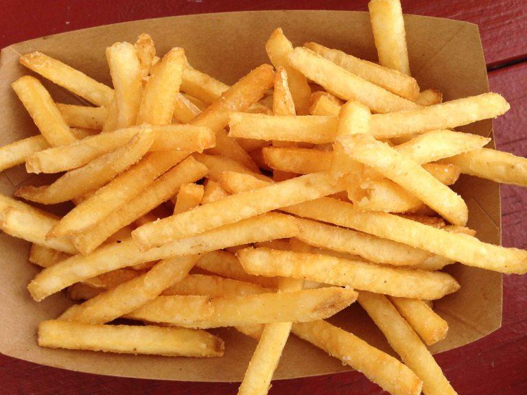 """Hanks haute dog Honolulu fat fries"""