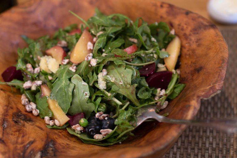 """Husk Charleston salad"""