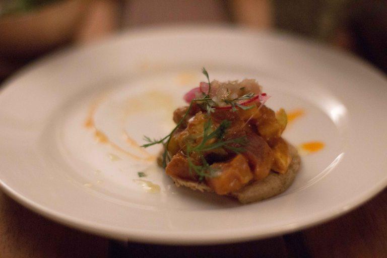 'El Saber del Sabor Casa Oaxaca tostada atun