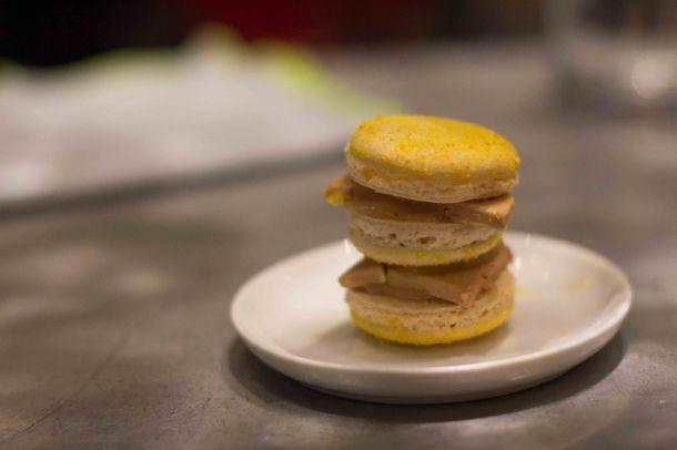 """L'Avant Comptoir foie gras macaron"""