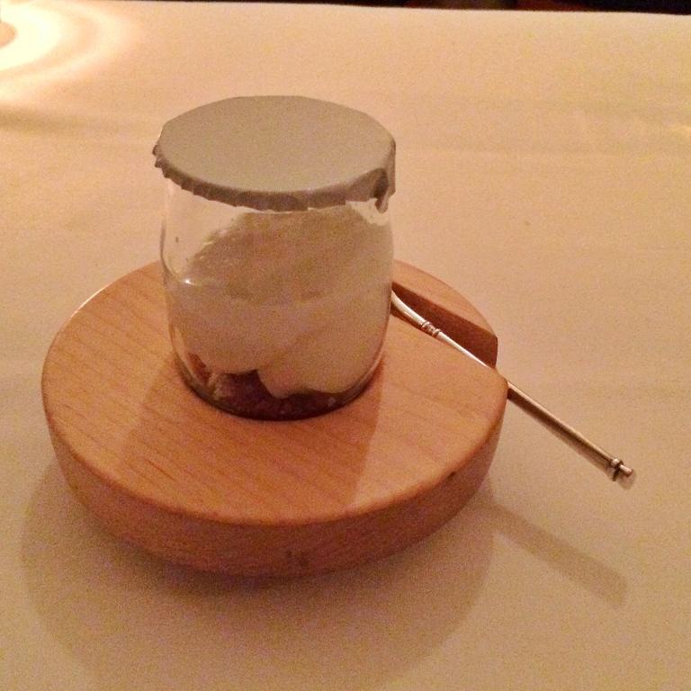 Whey sorbet with caramelized milk and yogurt