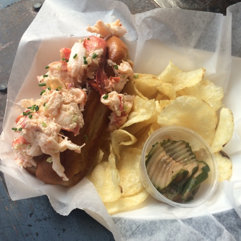 Although Luke's and Red Hook Lobster Pound were above on my list of lobster rolls to try, Ed's Lobster Bar presented itself and I could not resist.roll was not