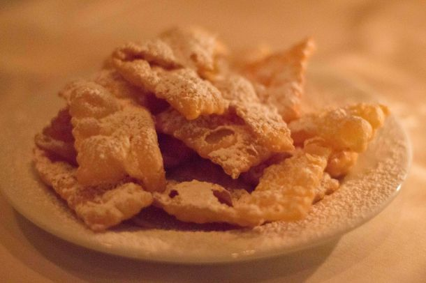 Fried bits of dough sprinkled with powdered sugar didn't look like anything special but were addictive none the less.