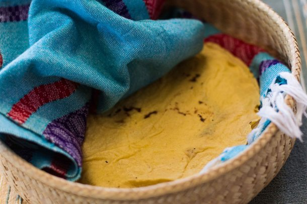 """Reyna Mendoza Teotitlan Oaxaca tortilla"""