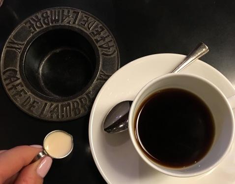 Cafe de L'ambre.jpg