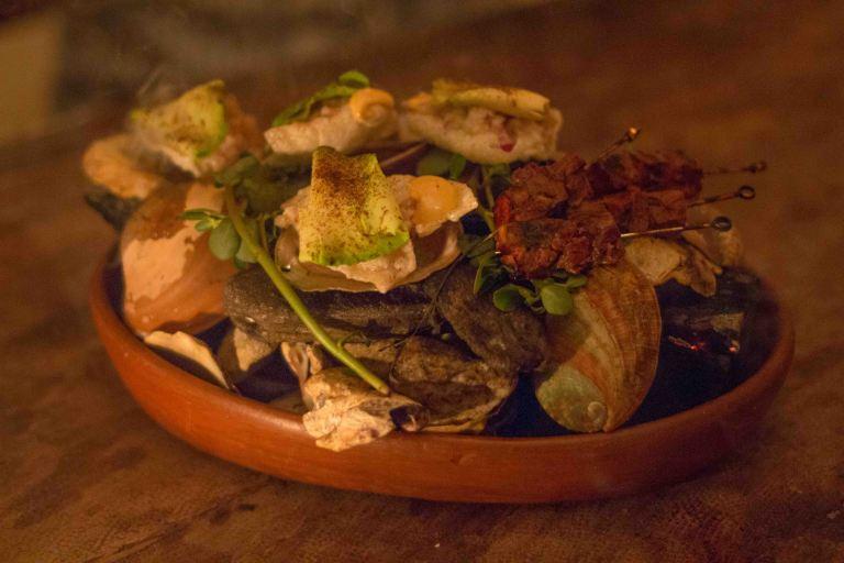 El Destilado Oaxaca tartar lengua