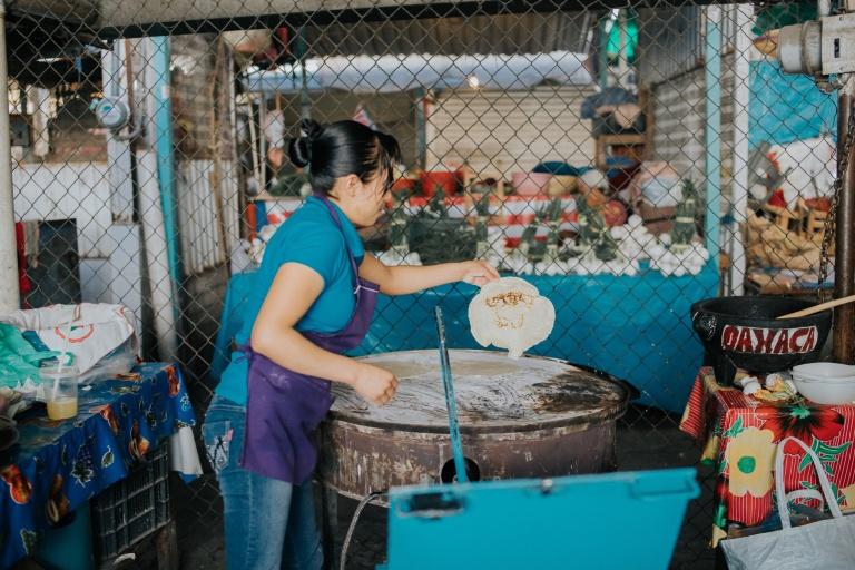 Abastos Oaxaca empanada