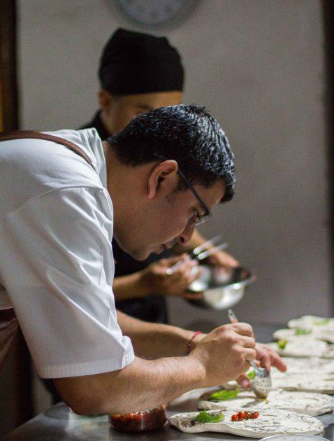Rodolfo Castellanos Origen Oaxaca plating