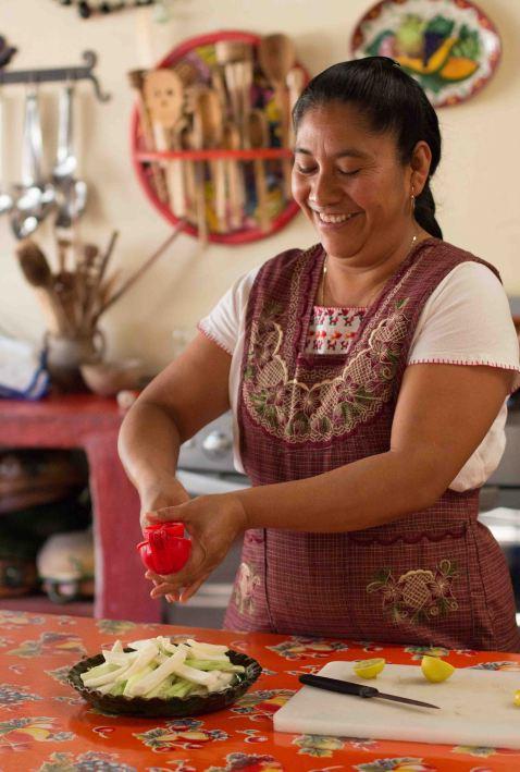 Reyna Mendoza Oaxaca Teotitlan cooking