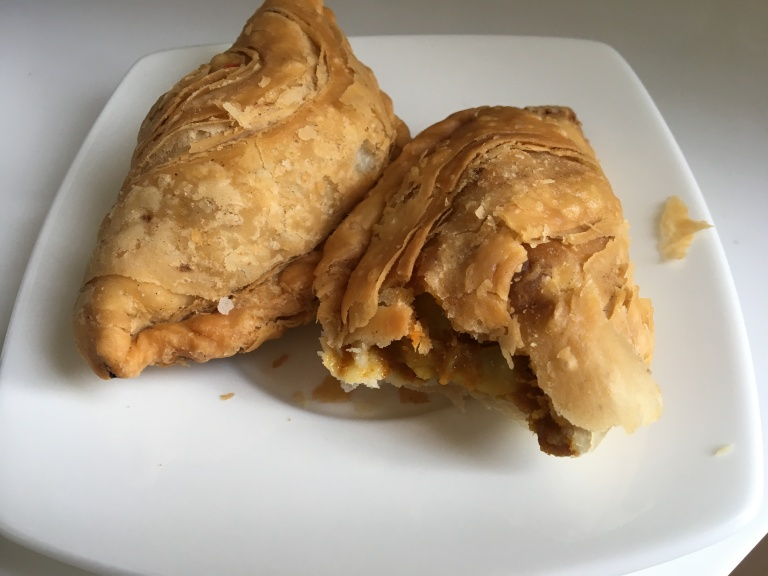 Famous Crispy Curry Puff Amoy Singapore