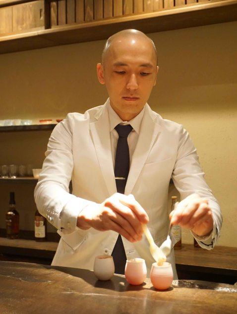 Gen Yamamoto Tokyo cocktail making