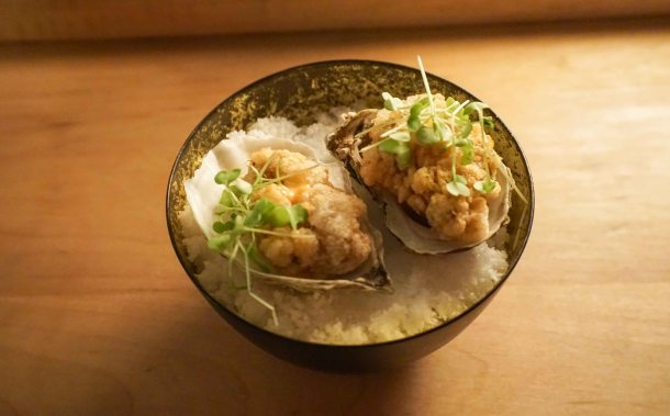 Tokyo Record bar oyster