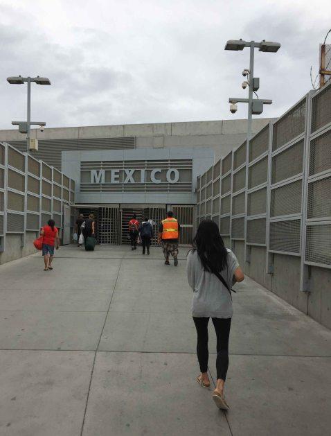 Susy Bando Mexico border