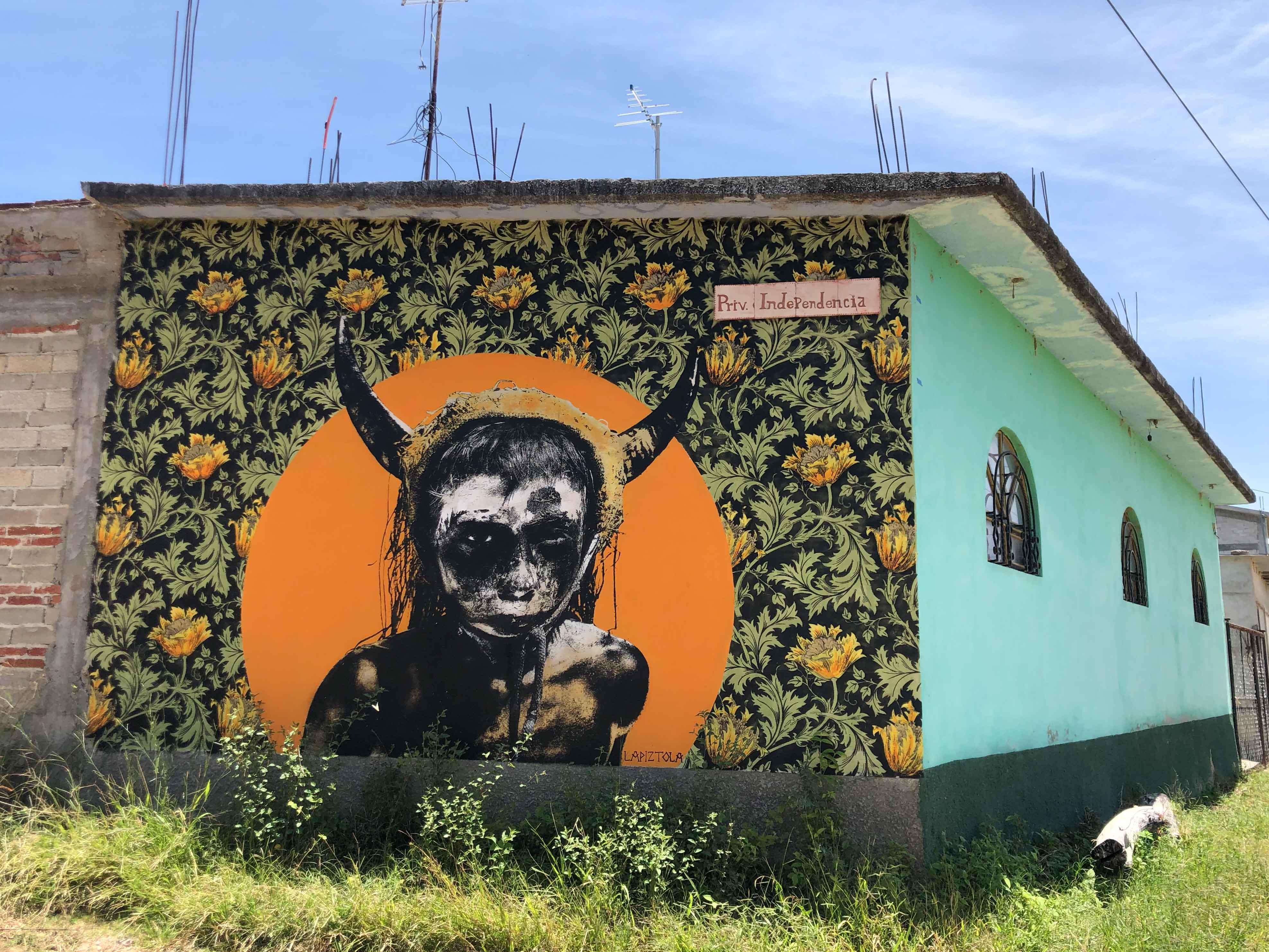 Lapiztola tilcajete oaxaca mural
